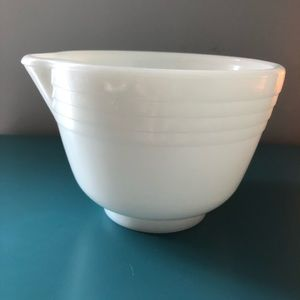 Hamilton Beach milk glass mixing bowl